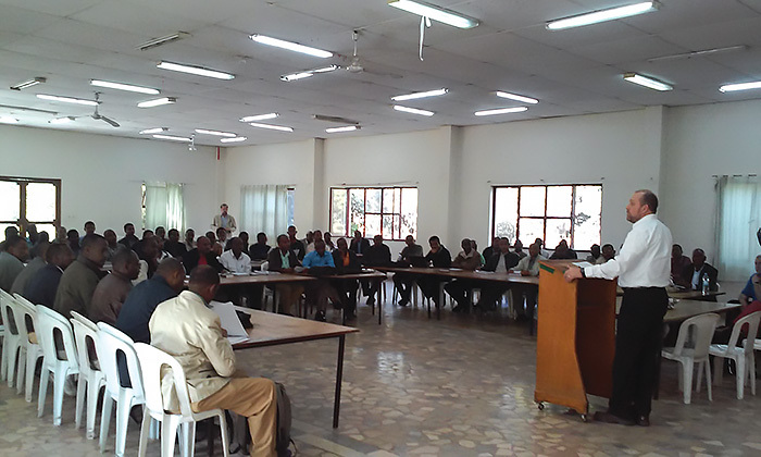 Dr. William W. Schumacher gives a lecture about writing a master's thesis and discusses academic standards, method, and purpose with more than 50 students and faculty at the Mekane Yesus Seminary in Addis Ababa, Ethiopia, March 4, 2015. Photo: Dr. Erik Herrmann.