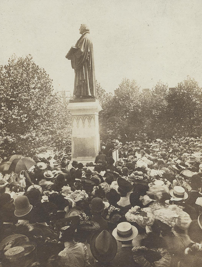 Luther Statue